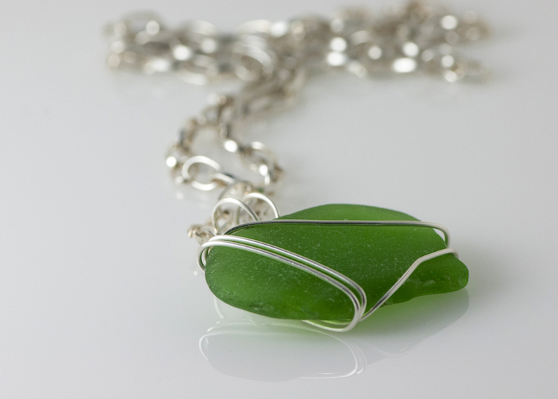 handmade-jewelry-made-of-sea-glass