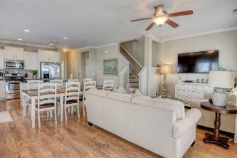 Crab House Vacation Rental | Ward Realty