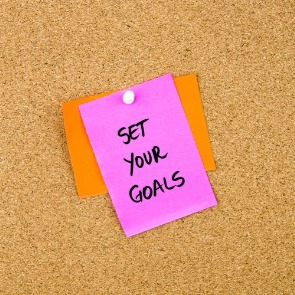 post it note with set your goals | Ward Realty Topsail Island